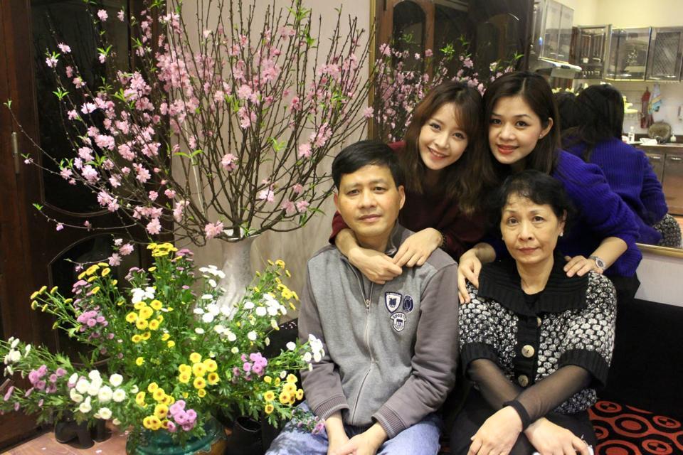Chị gái 2 con của Chi Pu quá trẻ đẹp khiến dân mạng phát sốt - 13