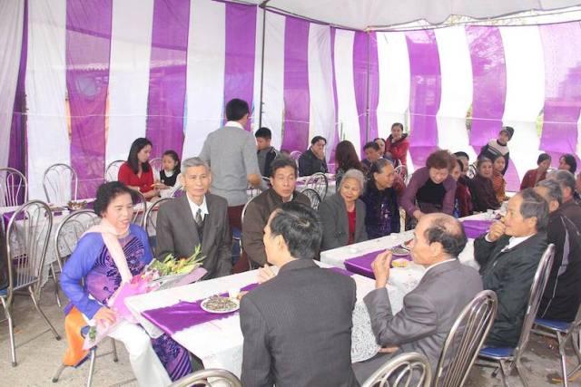 Đám cưới thú vị chú rể 73 tuổi và cô dâu 70 ở Hà Nam - 4