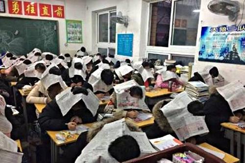 """Chiêu chống gian lận thi cử """"chỉ có ở Trung Quốc"""" - 3"""