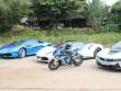 Siêu mô tô BMW đọ dáng bên 3 siêu xe ôtô tiền tỷ