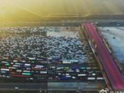 Video: Tắc đường 35 làn kinh hoàng ở Bắc Kinh sau nghỉ lễ