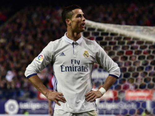 Tin HOT bóng đá tối 5/1: Ấn định ngày Ronaldo tái xuất - 1