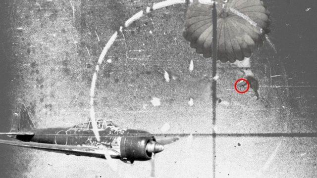 Phi công Mỹ nhảy khỏi máy bay, bắn hạ chiến đấu cơ Nhật - 1