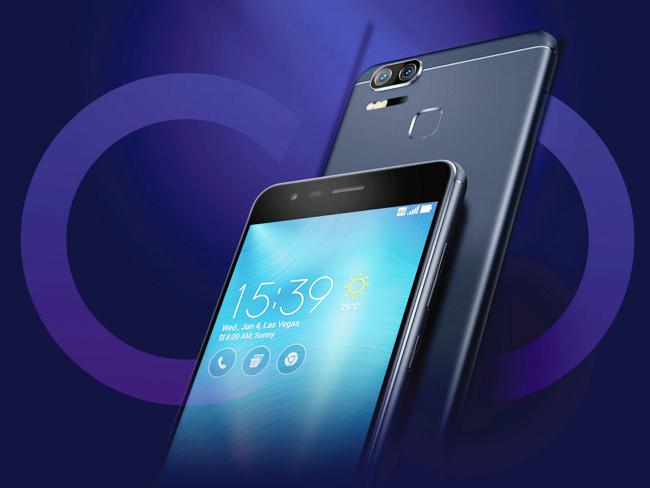 Zenfone 3 Zoom chính là smartphone đầu tiên của nhà sản xuất Đài Loan tích hợp cụm camera kép ở mặt sau.
