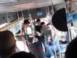 Clip: Côn đồ quây đánh người ngay trên xe buýt
