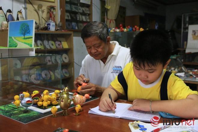 Chiêm ngưỡng đàn gà từ vỏ trứng của nghệ nhân Sài Gòn - 2