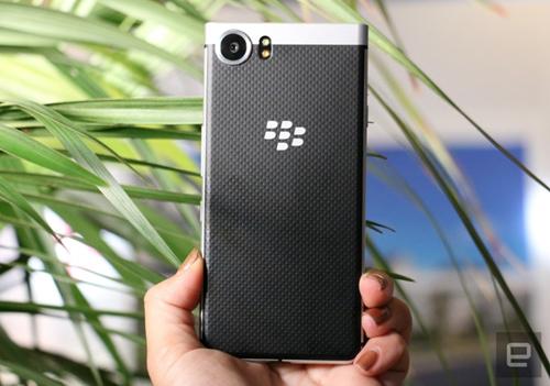 BlackBerry Mercury chính thức trình làng - 2