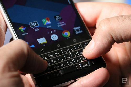 BlackBerry Mercury chính thức trình làng - 5