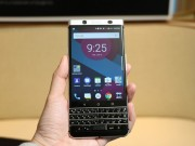 Dế sắp ra lò - BlackBerry Mercury chính thức trình làng
