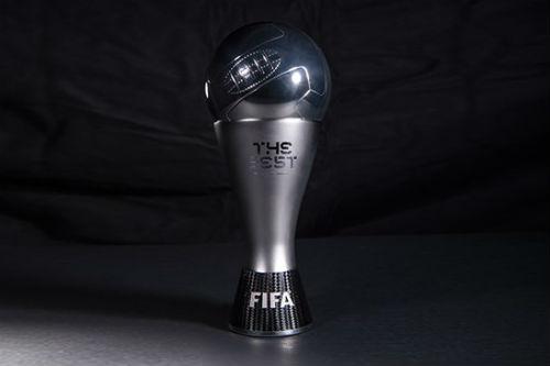 TRỰC TIẾP Cầu thủ xuất sắc nhất FIFA: Messi vắng, cả gia đình Ronaldo dự - 2