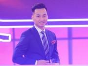 """Sao Việt - MC Thành Trung: """"Khán giả khó tính, tôi mới bớt vô duyên"""""""