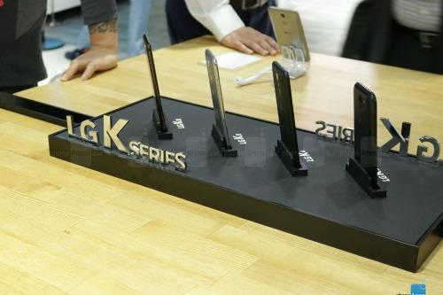 Trên tay LG K10 cấu hình tầm trung - 3