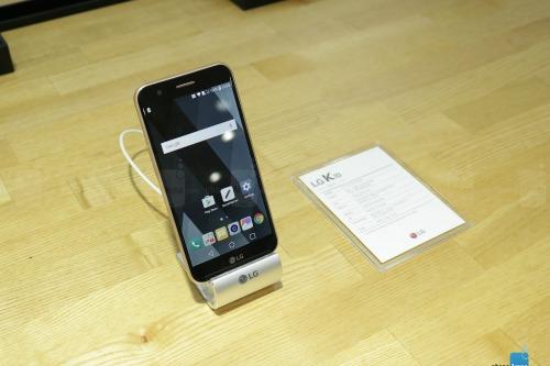 Trên tay LG K10 cấu hình tầm trung - 1