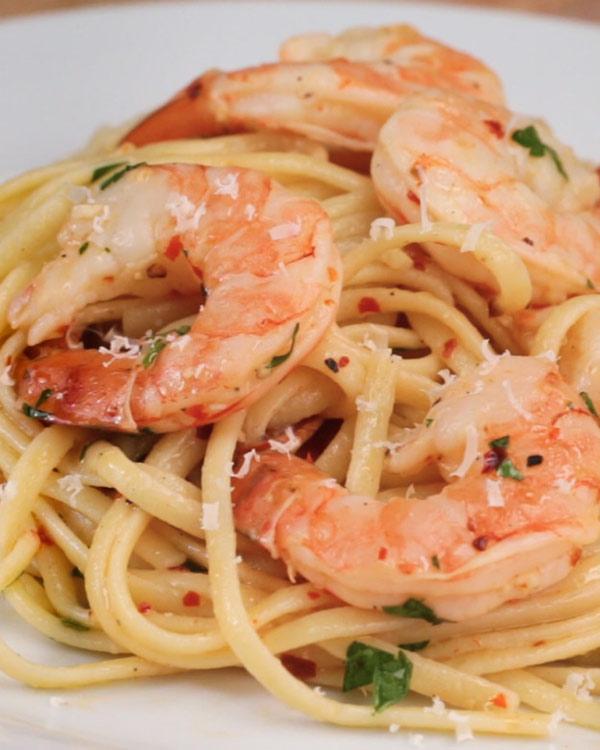 Cách làm spaghetti tôm nướng ngon không cưỡng nổi - 1