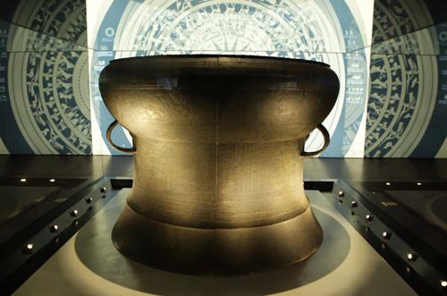 Ngắm 16 bảo vật quốc gia lần đầu tiên được trưng bày - 4
