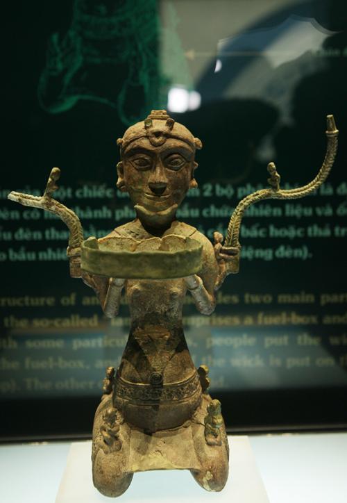 Ngắm 16 bảo vật quốc gia lần đầu tiên được trưng bày - 11
