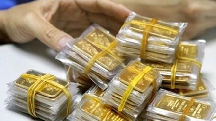 Giá vàng hôm nay 11/1: Vàng luẩn quẩn, tỷ giá giảm mạnh - 1