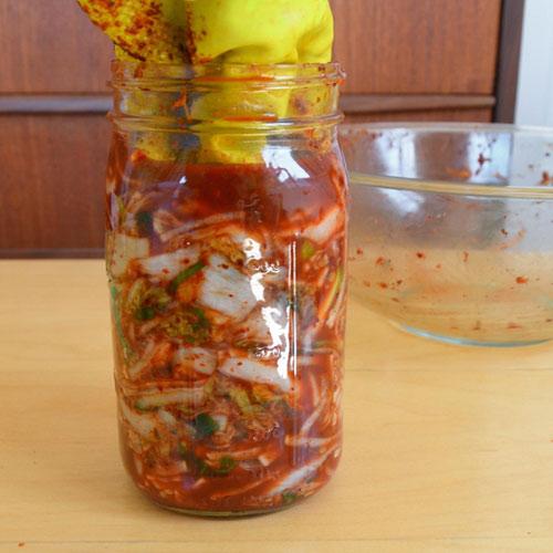 Cách làm kim chi cải thảo chua cay giải ngán ngày Tết - 8