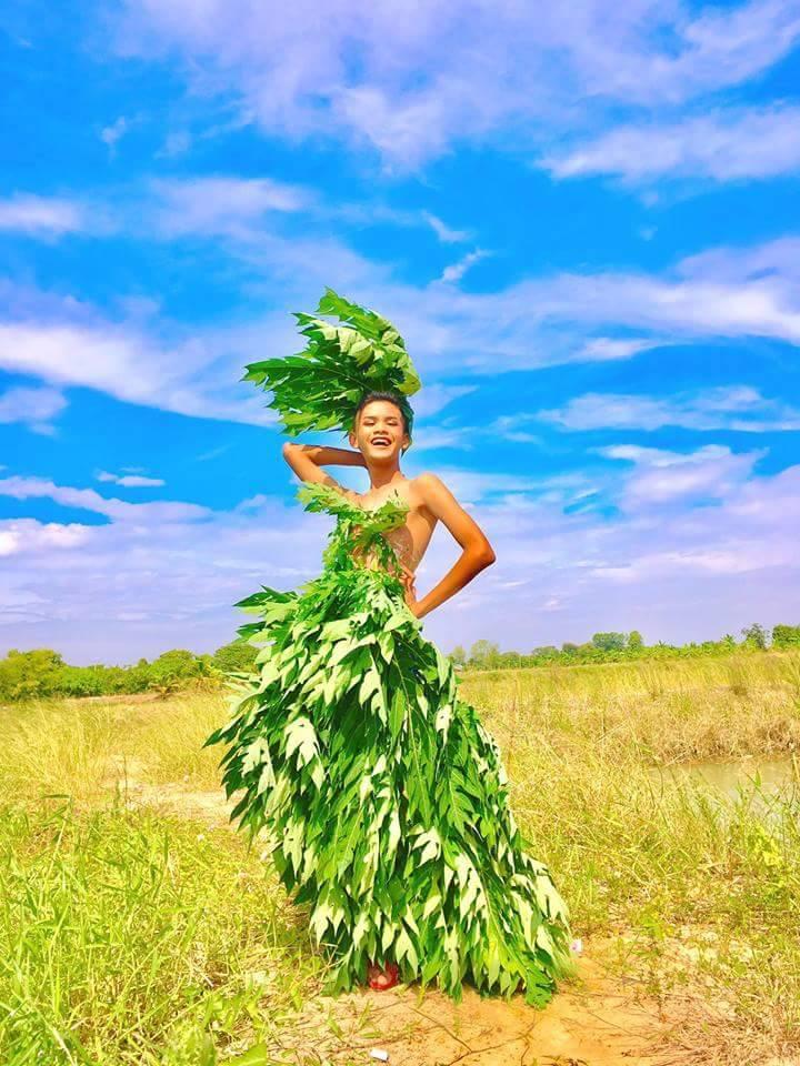 """Cười ngất phiên bản """"cây nhà lá vườn"""" của Victoria's Secret - 3"""