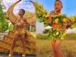 """Cười ngất phiên bản """"cây nhà lá vườn"""" của Victoria's Secret"""