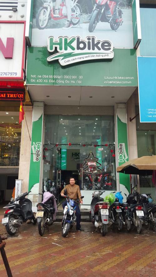 """Khách hàng Hà Nội """"đội"""" mưa rét đến PEGA (HKbike) sắm xe điện xịn - 1"""