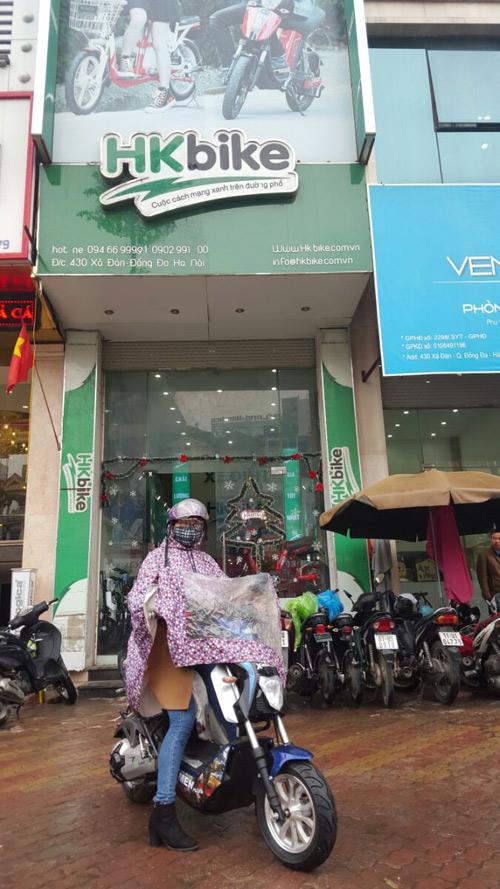 """Khách hàng Hà Nội """"đội"""" mưa rét đến PEGA (HKbike) sắm xe điện xịn - 2"""