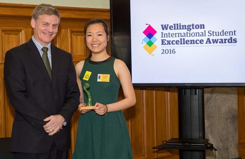 Du học sinh Việt Nam nhận giải thưởng từ thủ tướng New Zealand - 2