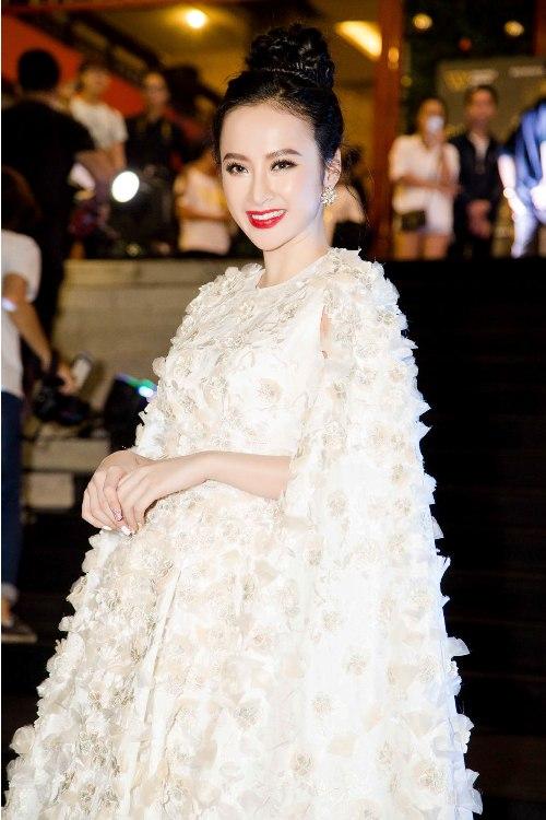 """""""Nữ hoàng thảm đỏ"""" Angela Phương Trinh bị lu mờ trước HH Thu Thảo - 3"""