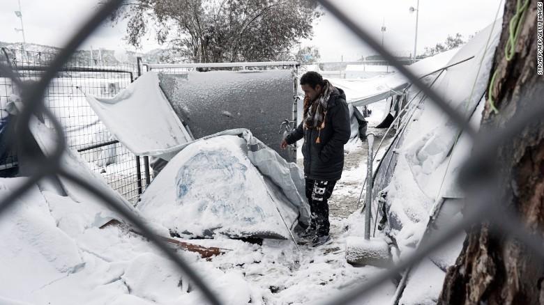 Ảnh: Tuyết buốt giá kì vĩ phủ trắng châu Âu - 3