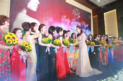 Lady Luxury Night – Dạ tiệc của tình đoàn kết và yêu thương - 8