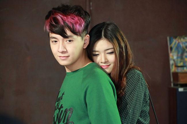 Lily Luta - tình cũ của Bùi Anh Tuấn là một trong những cô gái từng diễn nhiều cảnh thân mật với chàng Bắp.