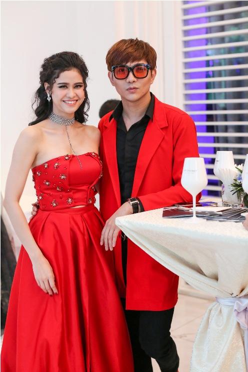 Thu Minh mặc đầm quây ngực sexy lấn át dàn mẫu Việt - 5
