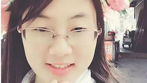 Nữ y tá trẻ xinh đẹp cứu giúp người, ai ngờ tai họa ập đến - 1