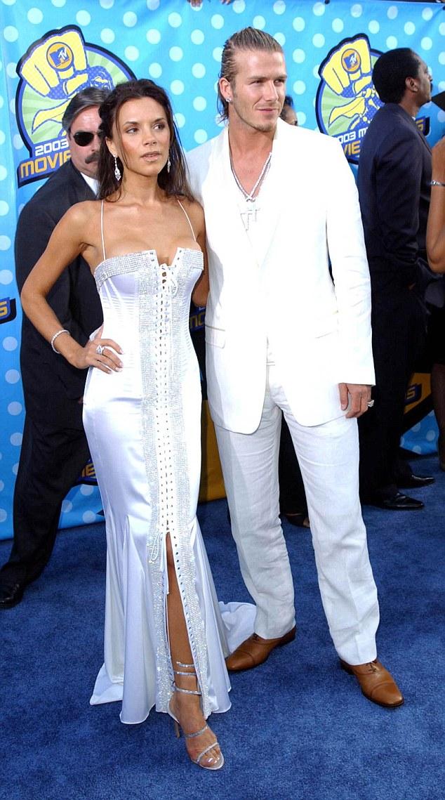 """Bà Beckham ân hận vì bon chen """"trùng tu"""" ngực - 5"""