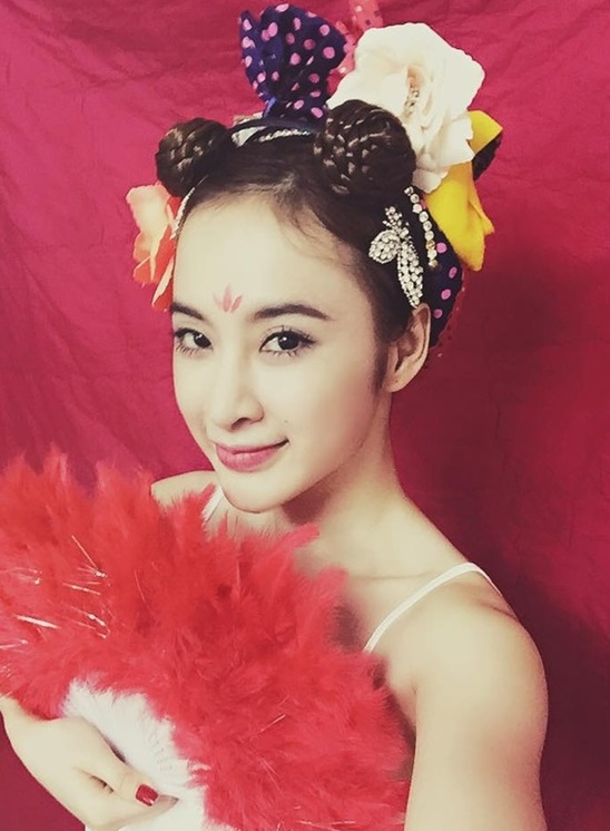 """Những kiểu tóc """"có một không hai"""" của Angela Phương Trinh - 3"""