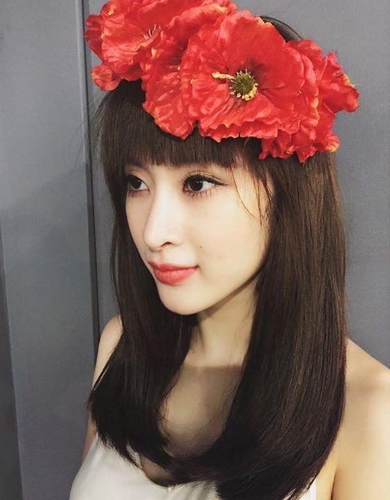 """Những kiểu tóc """"có một không hai"""" của Angela Phương Trinh - 6"""
