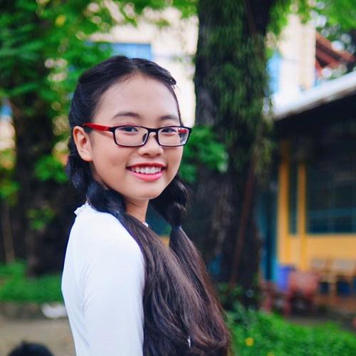 Ngắm nhan sắc của 3 cô bé 14 tuổi hát Bolero tuyệt hay - 5