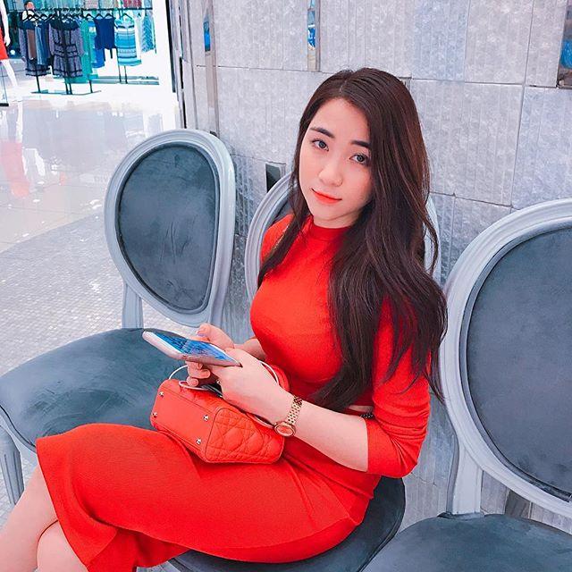 Lý do Hòa Minzy đột ngột ''nghỉ chơi'' mạng xã hội - 5