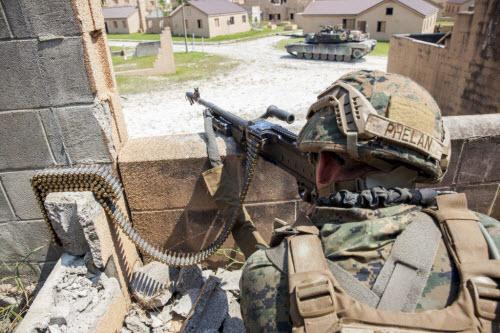 Sự lợi hại đáng sợ của súng cối Mỹ - 8