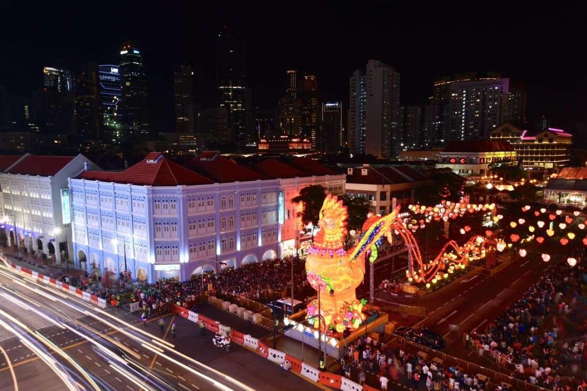 Khu phố Hoa ở Singapore trang trí rực rỡ đón Tết con gà - 3