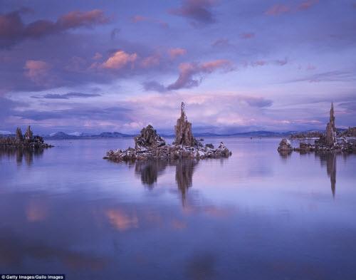 Ngắm những tháp đá độc đáo như trên hành tinh lạ - 3
