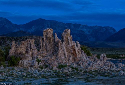 Ngắm những tháp đá độc đáo như trên hành tinh lạ - 11