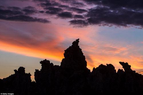 Ngắm những tháp đá độc đáo như trên hành tinh lạ - 12