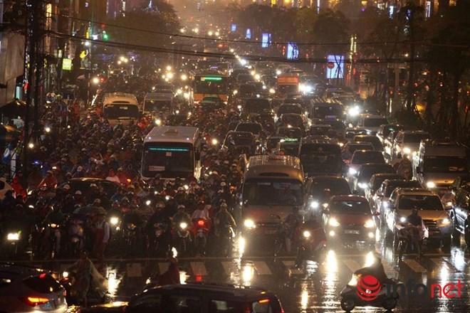 Cư dân mạng sôi nổi hiến kế chống tắc đường cho Hà Nội - 1