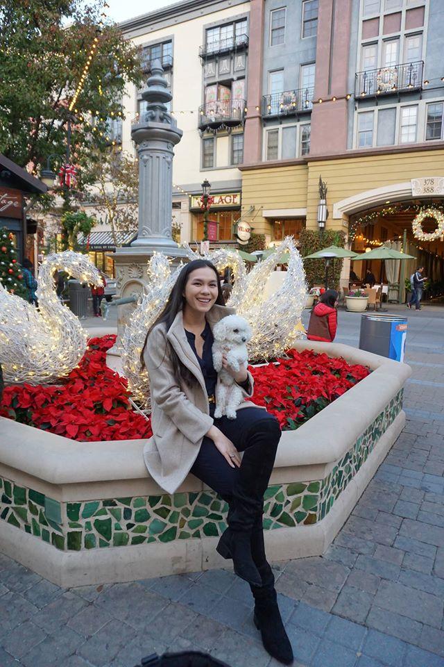 Con gái Nữ hoàng ảnh lịch Diễm My xinh như hoa - 7