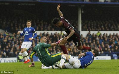 Chi tiết Everton – Man City: Tan nát tại Goodison Park (KT) - 5