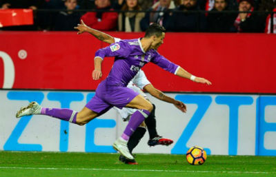 Chi tiết Sevilla - Real Madrid: Cú sút xa lịch sử (KT) - 6