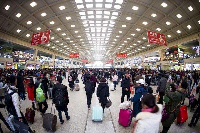 Đại di cư TQ: 3 tỉ lượt người dồn dập về quê đón Tết - 5