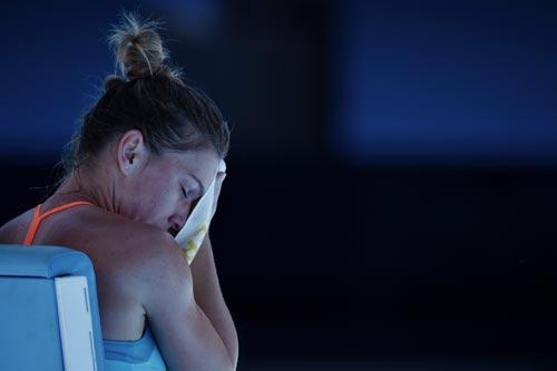 Australian Open ngày 1: Wawrinka khổ chiến 5 set - 9