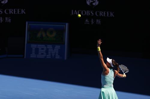 Australian Open 2017: Nóng hừng hực ngày khai màn - 8